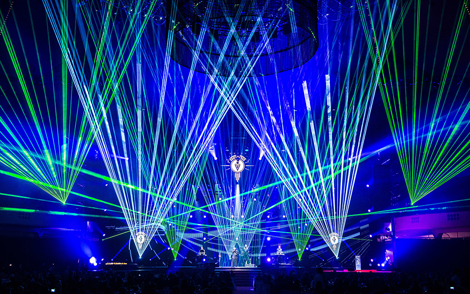 Indoor-Lasershow – VNV Nation